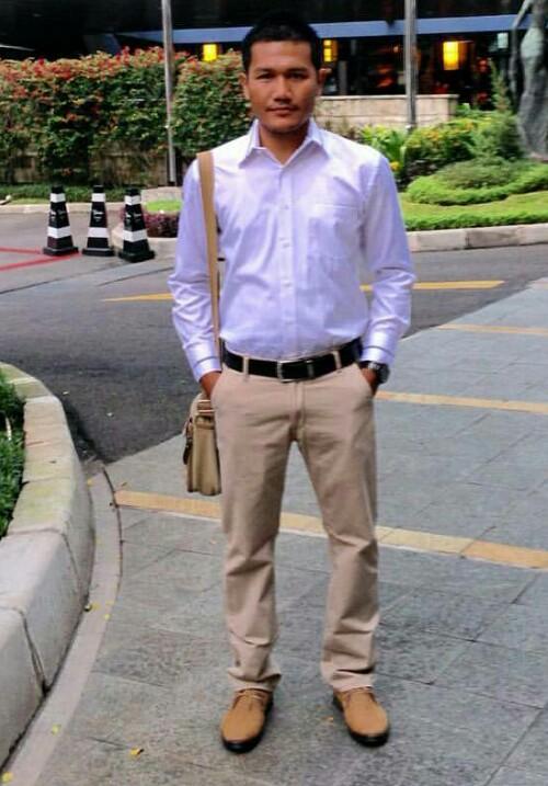 Sales Marketing Mobil Dealer Honda Aceh Adly