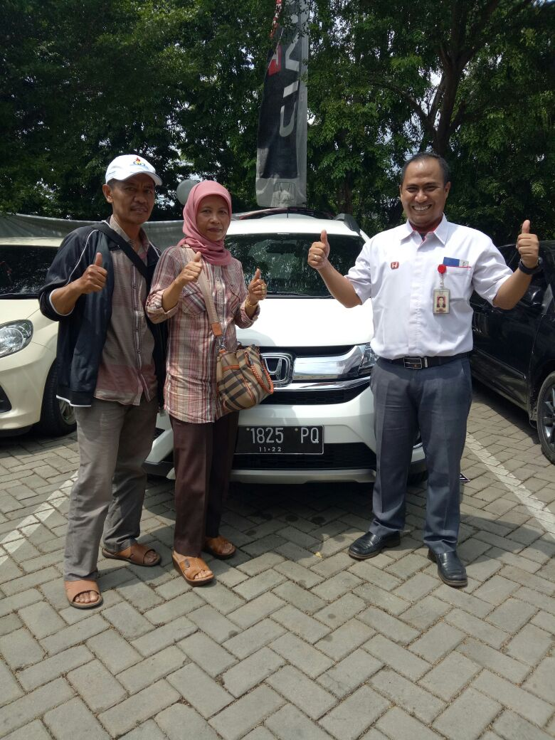 Sales Marketing Mobil Dealer Honda Dendi
