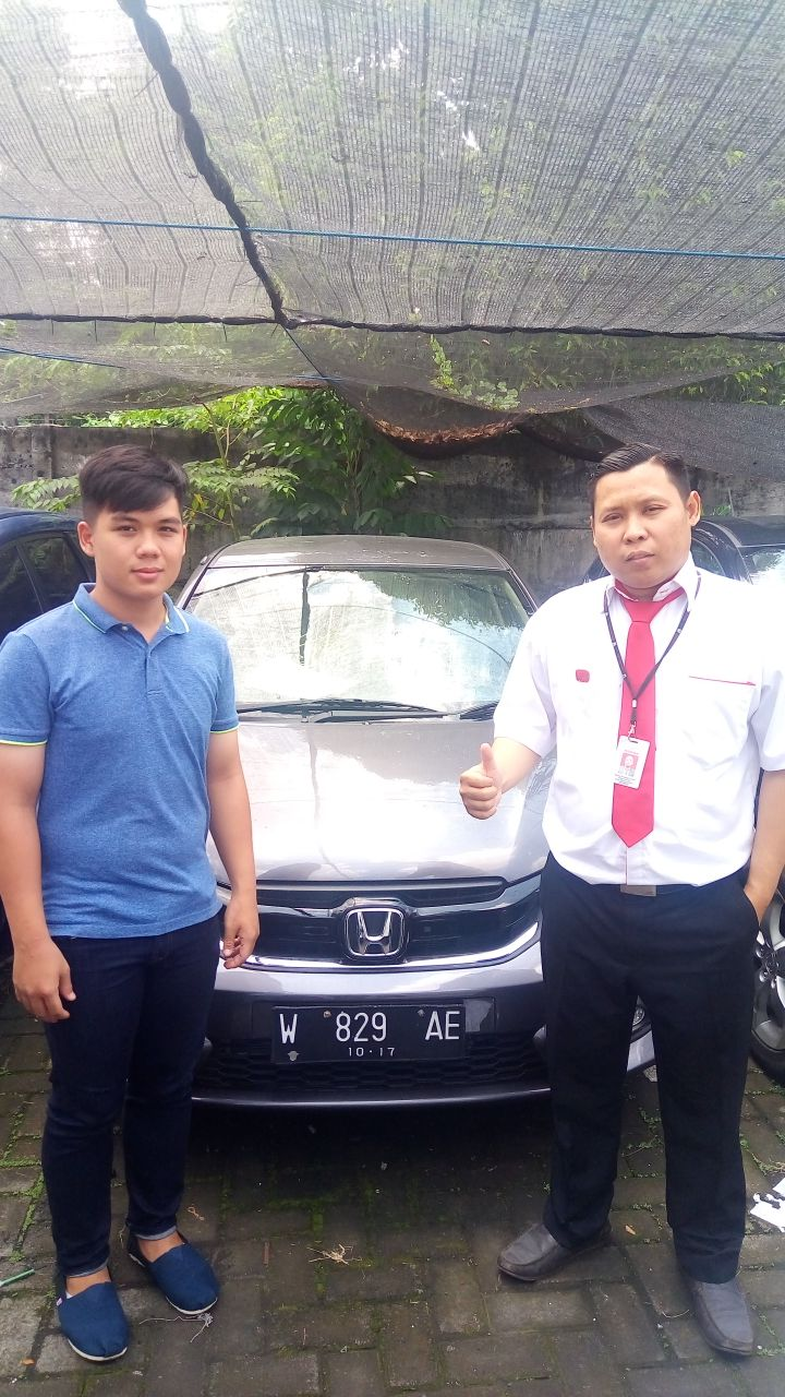 Sales Marketing Mobil Dealer Honda Dinar