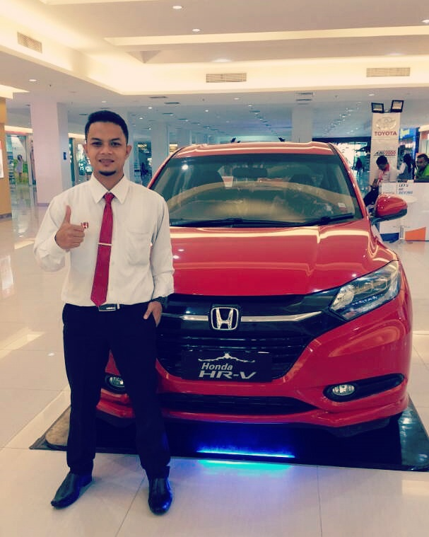 Sales Marketing Mobil Dealer Honda Samarinda Bayu