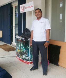 sales-marketing-mobil-honda-cikarang-andri-naldi