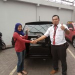Foto Penyerahan Unit 8 Sales Marketing Mobil Dealer Honda Trenggalek Hendro