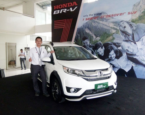 Sales Marketing Mobil Dealer Honda Cirebon Abdul
