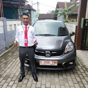 Sales Marketing Mobil Dealer Honda Tangerang Selatan Iwan
