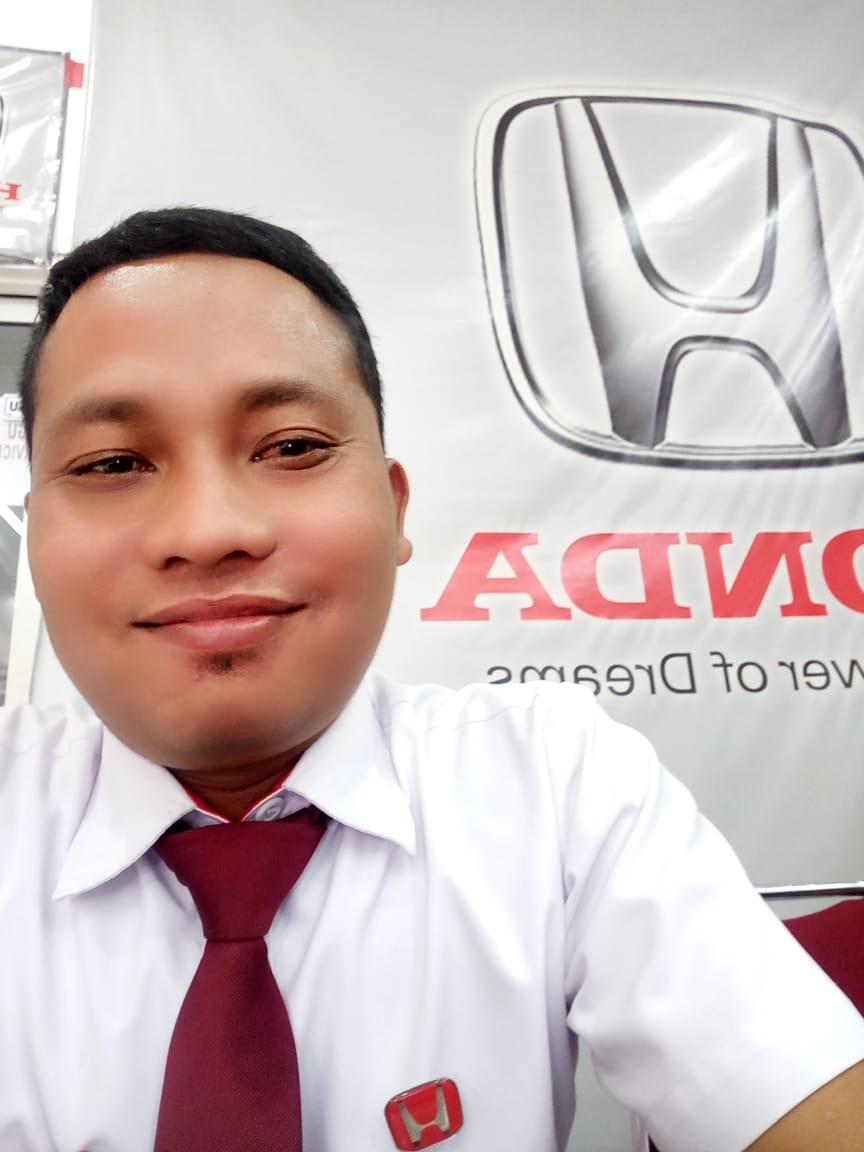Sales Marketing Mobil Dealer Honda Yazid