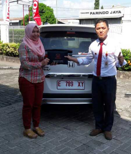 Sales Marketing Mobil Dealer Mobil Honda Majalengka Ronald