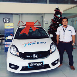 Sales Marketing Mobil Delaer Honda Trenggalek Hendro