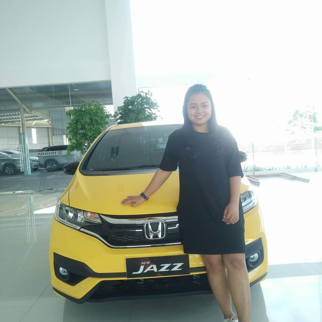 Sales Marketing Mobil Honda Santi