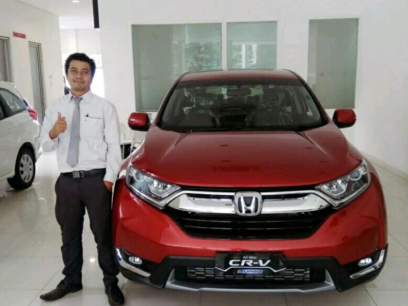 Sales Marketing Mobil Dealer Honda Bekasi