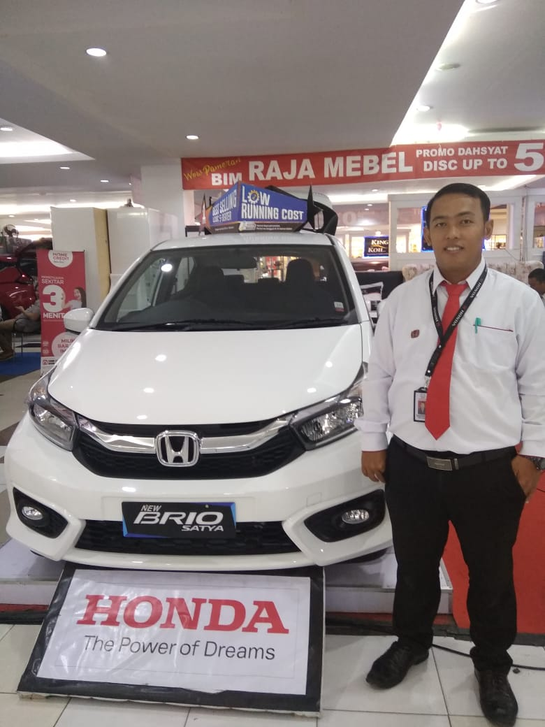Sales Marketing Mobil Dealer Honda Yudi