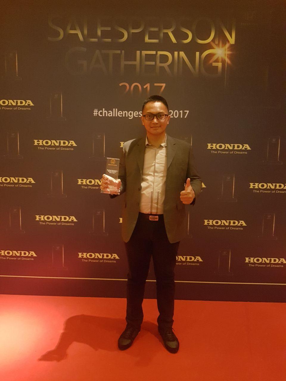 Sales Marketing Mobil Honda Andry