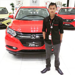 sales-marketing-mobil-honda-lampung-muztakim