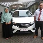 Foto Penyerahan Unit 10 Sales Marketing Mobil Dealer Honda Trenggalek Hendro
