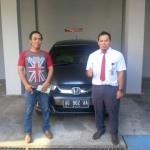 Foto Penyerahan Unit 4 Sales Marketing Mobil Dealer Honda Trenggalek Hendro