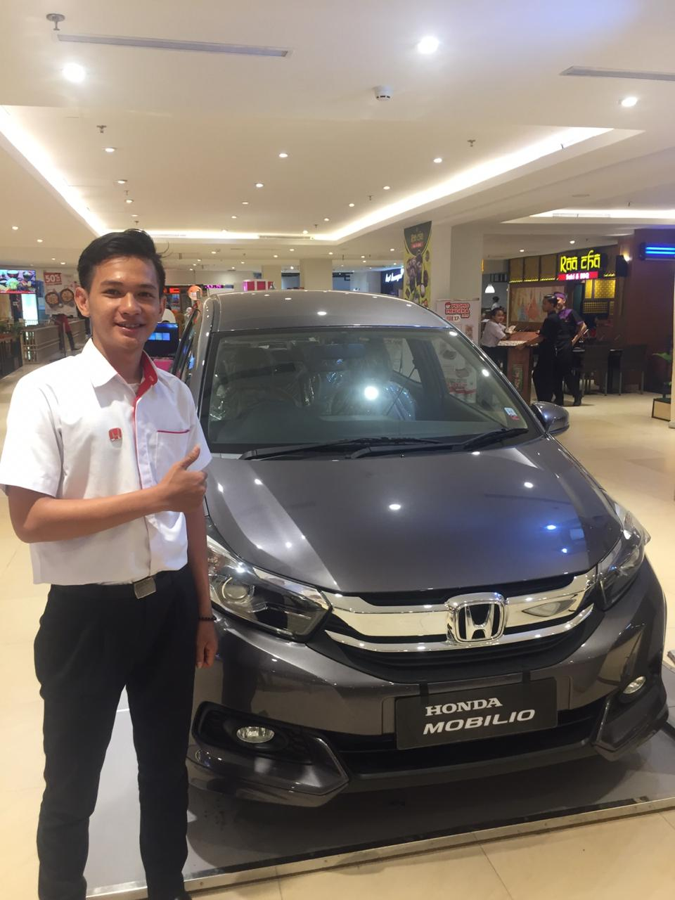 Sales Marketing Mobil Dealer Honda Edwin