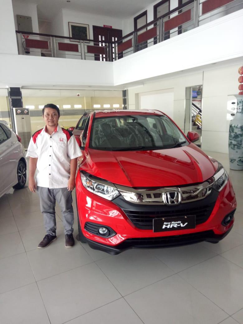 Sales Marketing Mobil Dealer Honda Harris