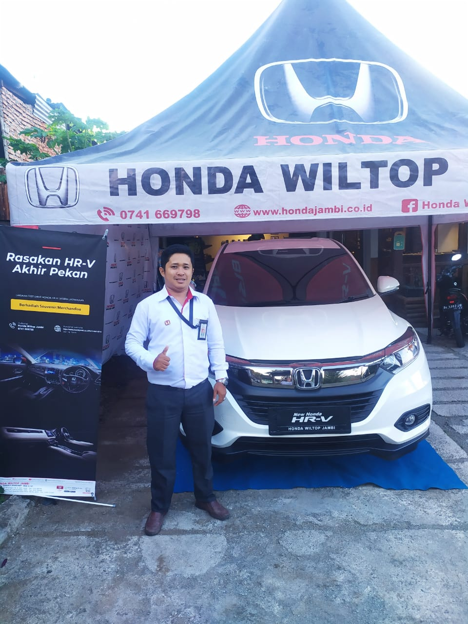 Sales Marketing Mobil Dealer Honda Yosa